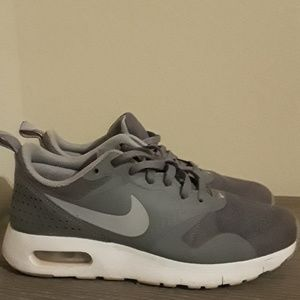 Girls Air Max Tavas